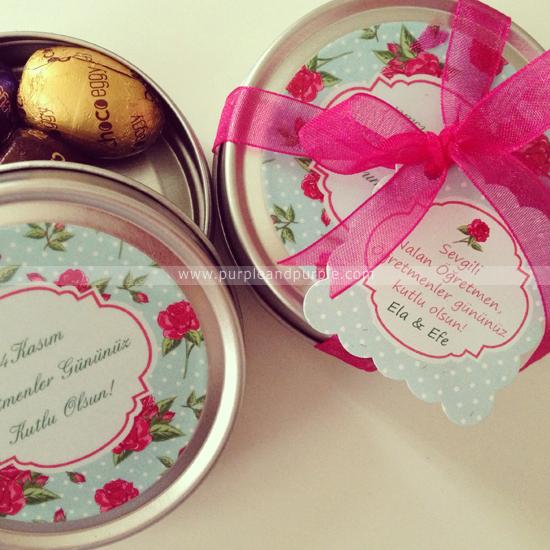 Ela ve Efe'nin öğretmenler günü hediyeleri