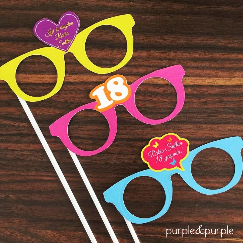 parti gözlükleri proplar